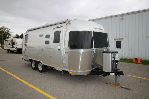 2017 AIRSTREAM AIRSTREAM INTERNATIONAL SIGNATURE 23D